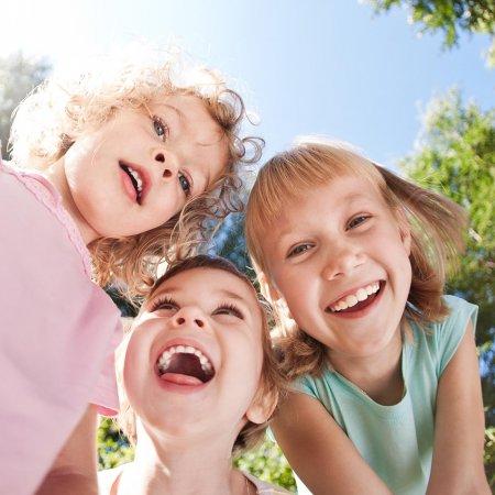 Çocuklar Diş Macunu ile Tanıştırılmalı!